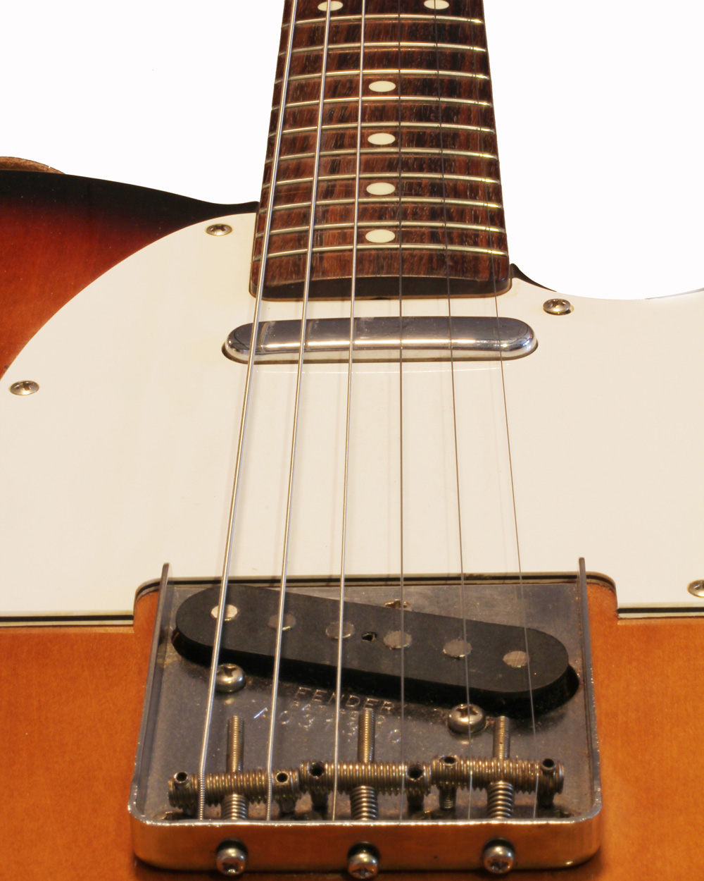 FenderGuitar_6-Edit_2WEB